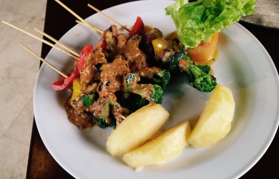 Chargrilled vegetable and tofu skewers with Indonesian peanut sauce. Bagus Jati, Bali
